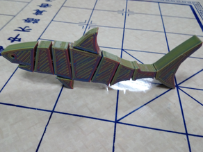 Flexi shark with hidden links