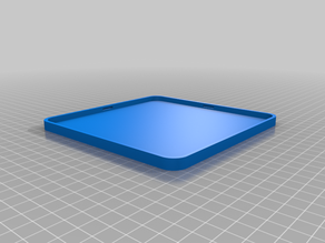 Box with automatic clipping cover