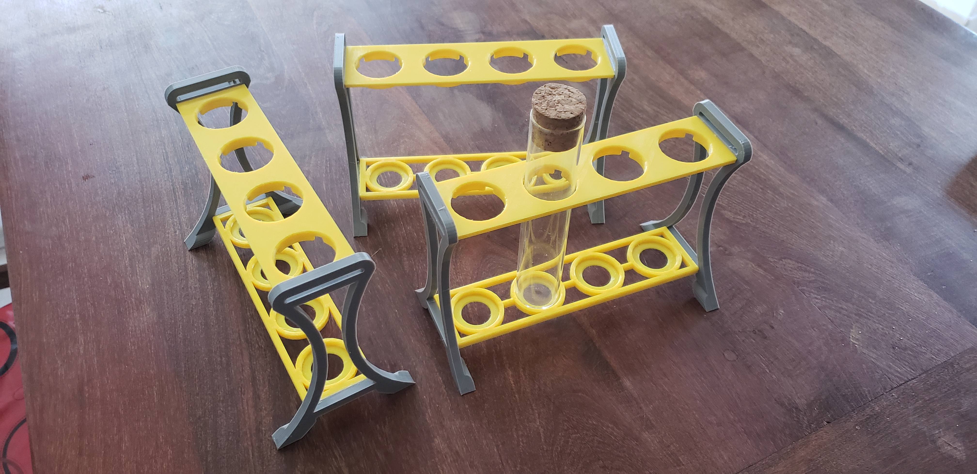 Test tube holder for 29mm diammeter tubes (Soporte tubos de ensayo)