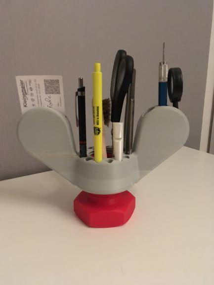 Pen holder-2
