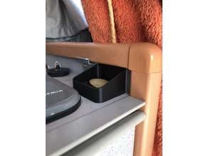 T4 California travel soap dish
