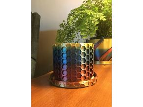 Honeycomb Planter with Plate