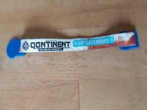 Reclosable festival bracelet clip