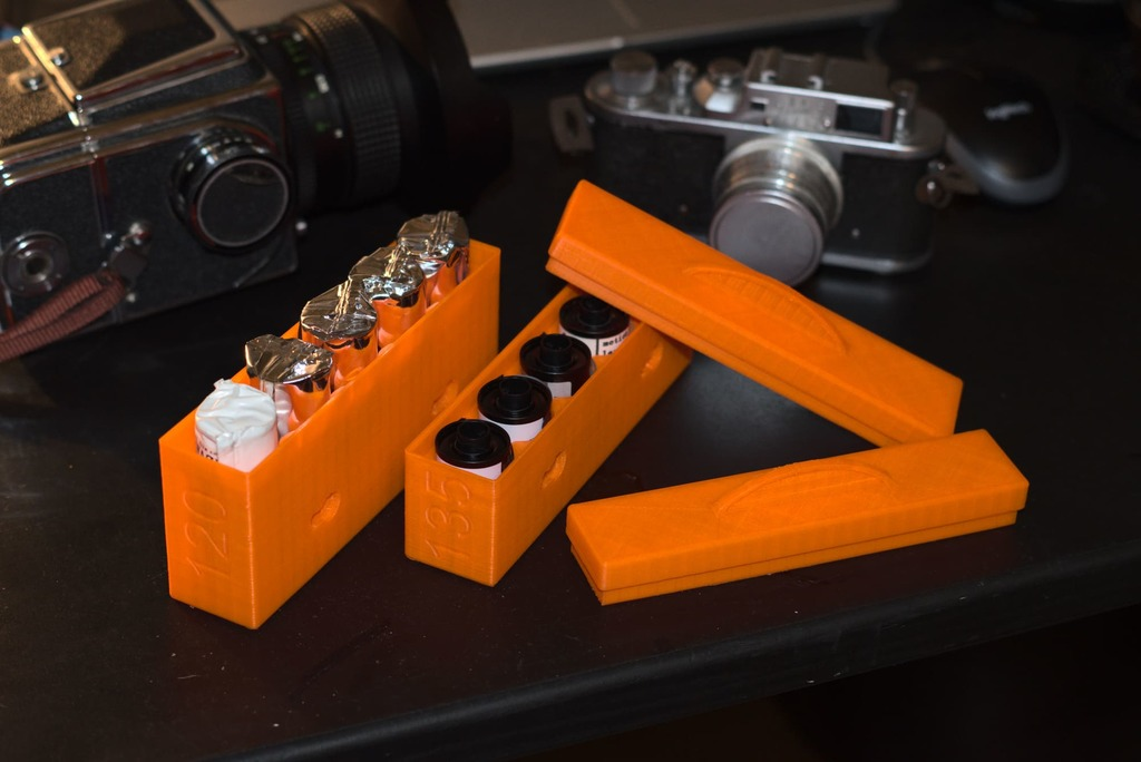 Stackable film box ( 120 and 135 )