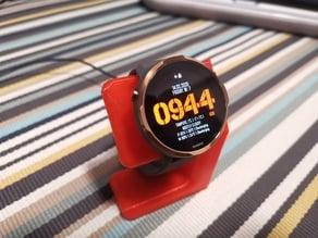 Universal smartwatch stand