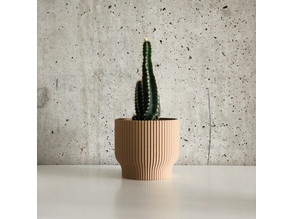 Pleated Pot