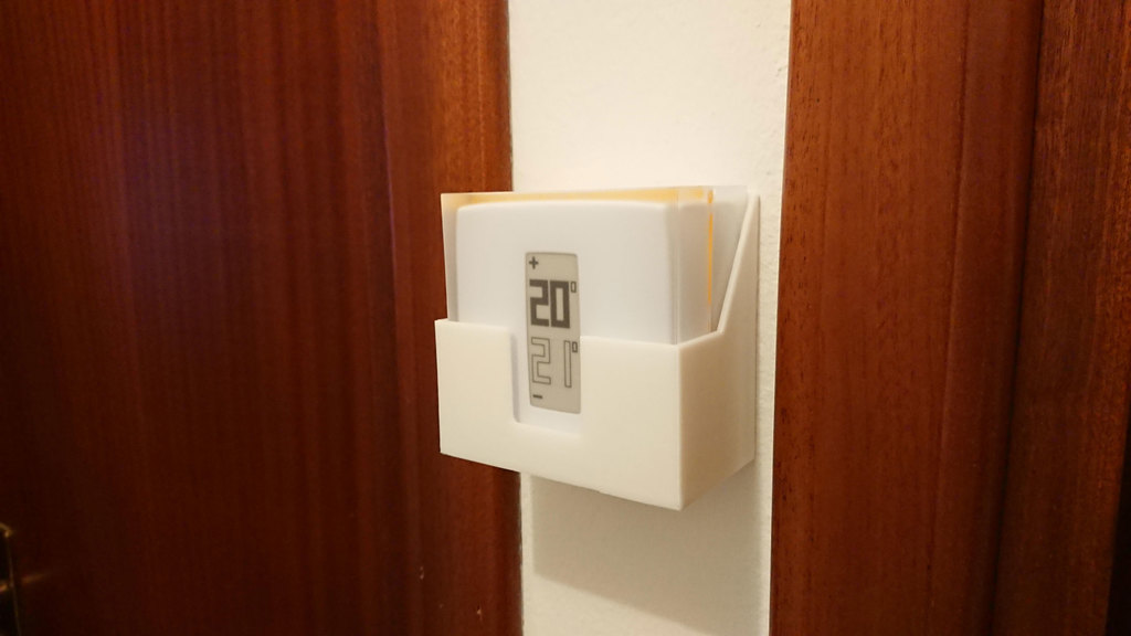 Wall support for Netatmo thermostat