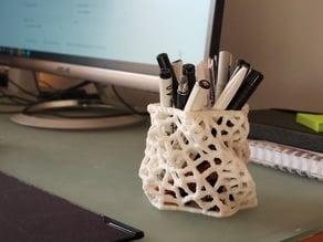 Voronoi organic pen holder
