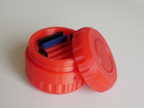 SD card holder with screw-on lid