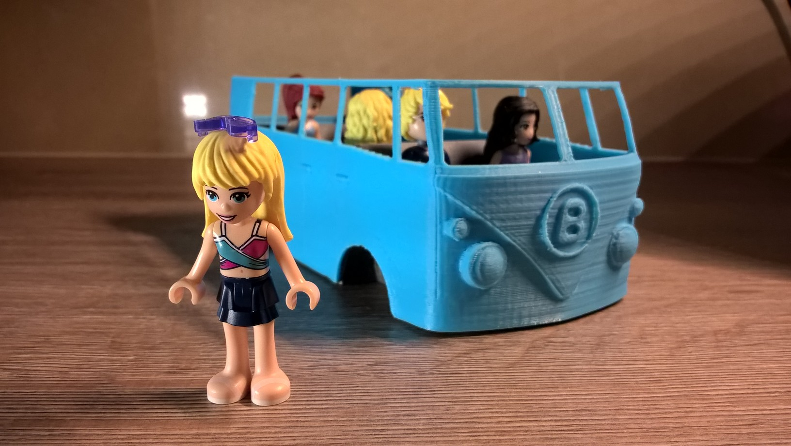 VW caravan for Lego friends characters by tomastnt_cz - Thingiverse