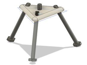 Tripod base for 1/4-20 bolts