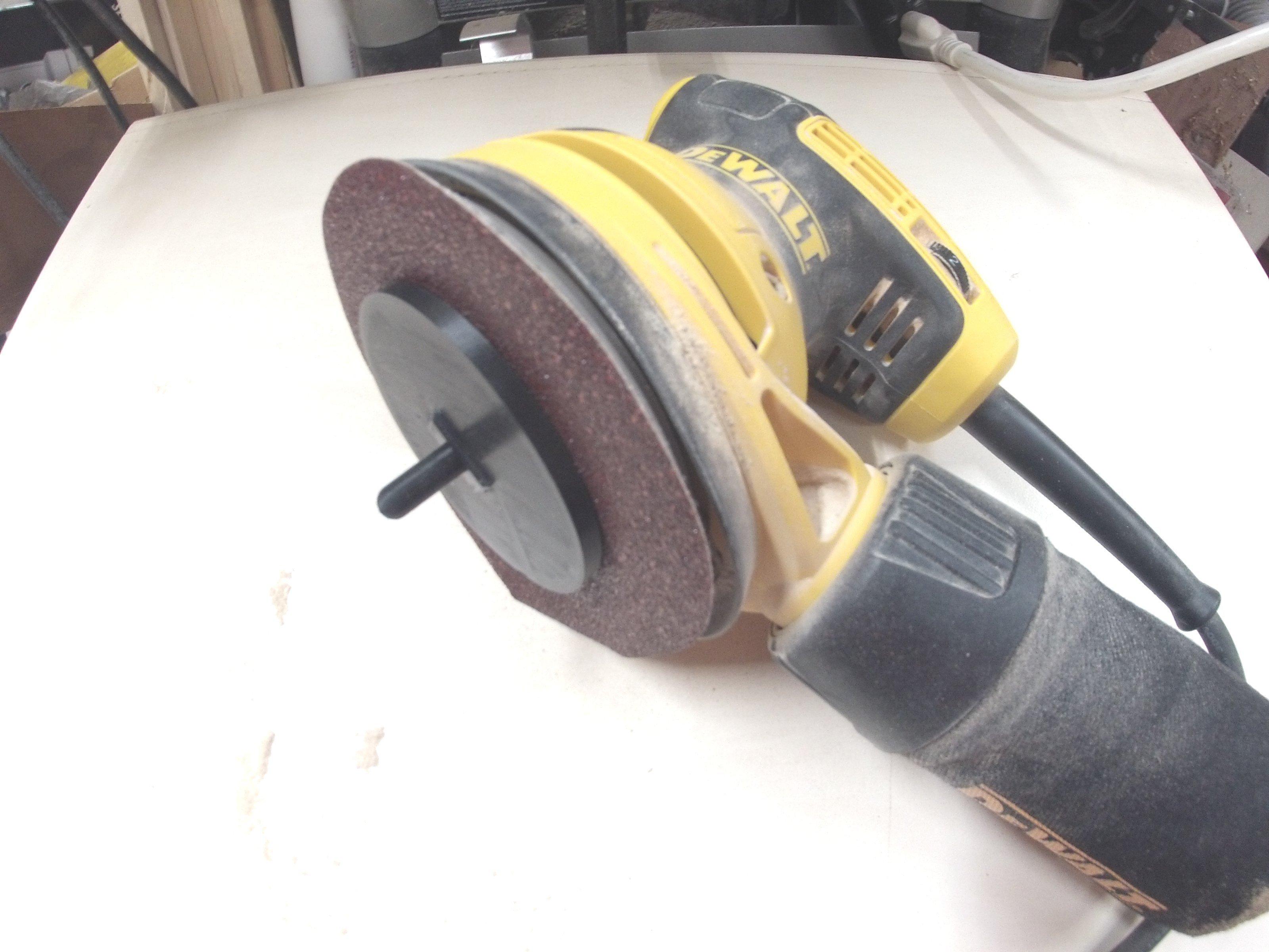Dewalt sander disk applicator tool
