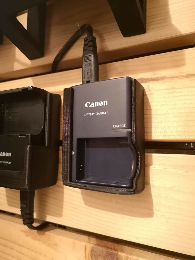 Canon CB-2LXE Charger Wall Mount