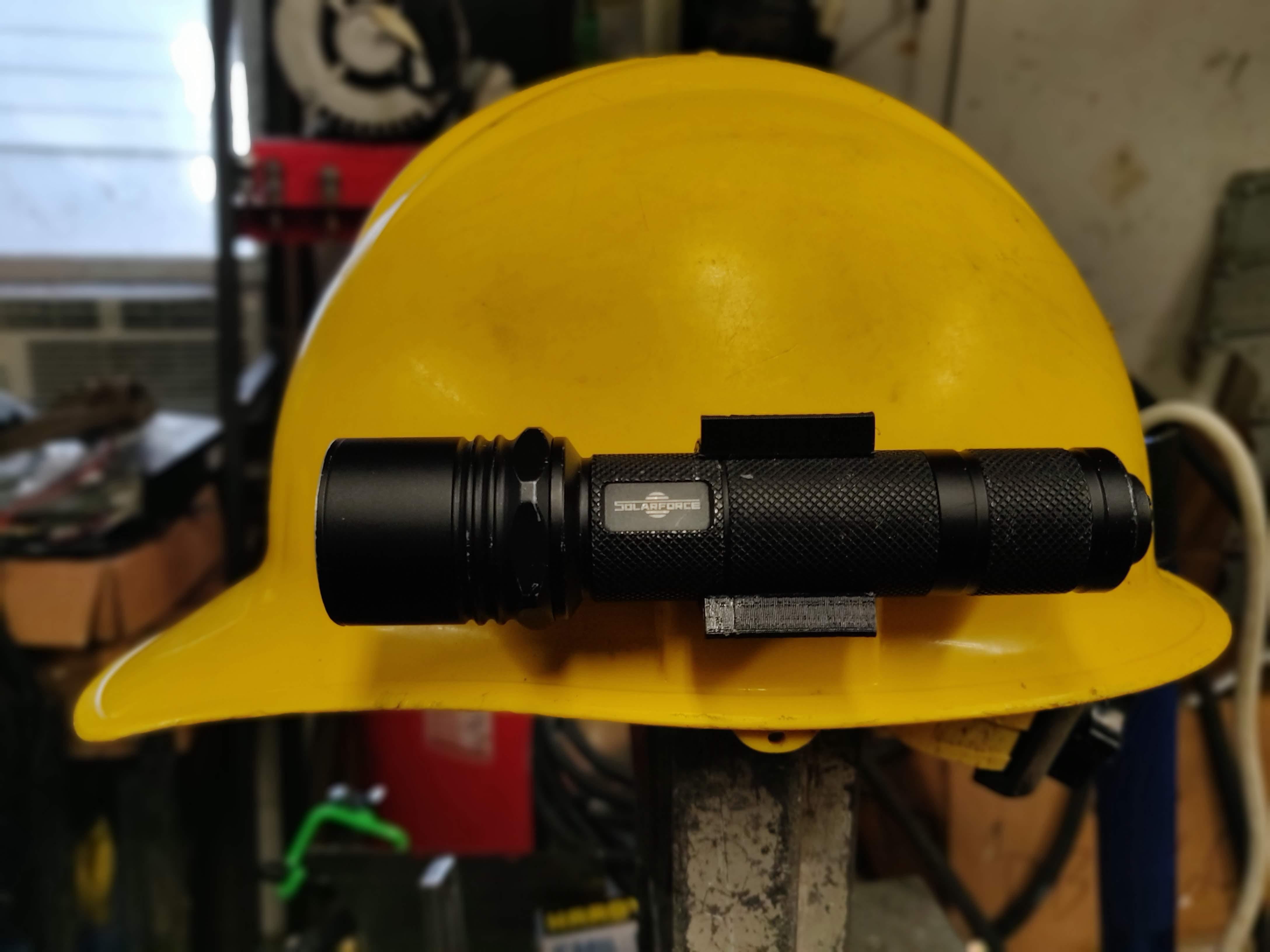 3281fe86641 Hardhat Flashlight Clip. Made by elesjuan