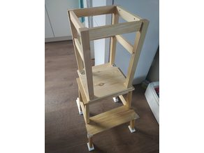 DIY Kids kitchen stepstool feet