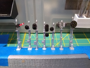 N Scale Customizable Signals