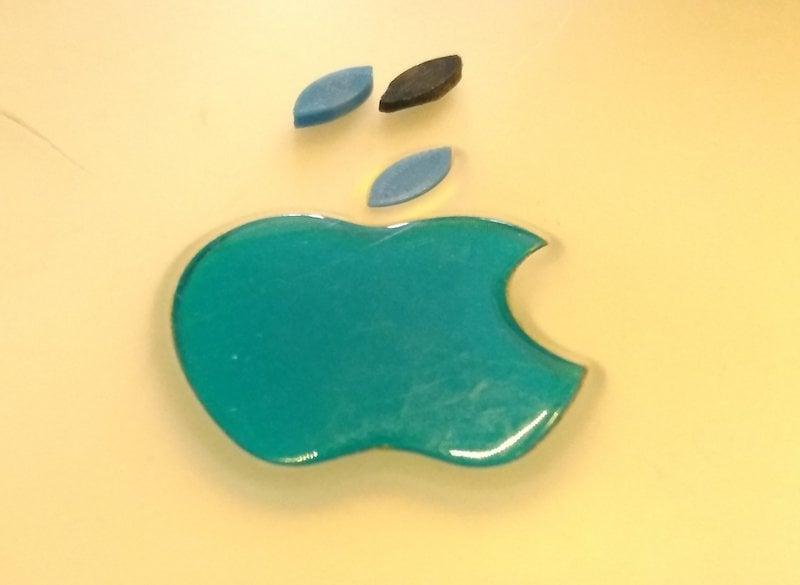 Apple iBook G3 Clamshell leaf