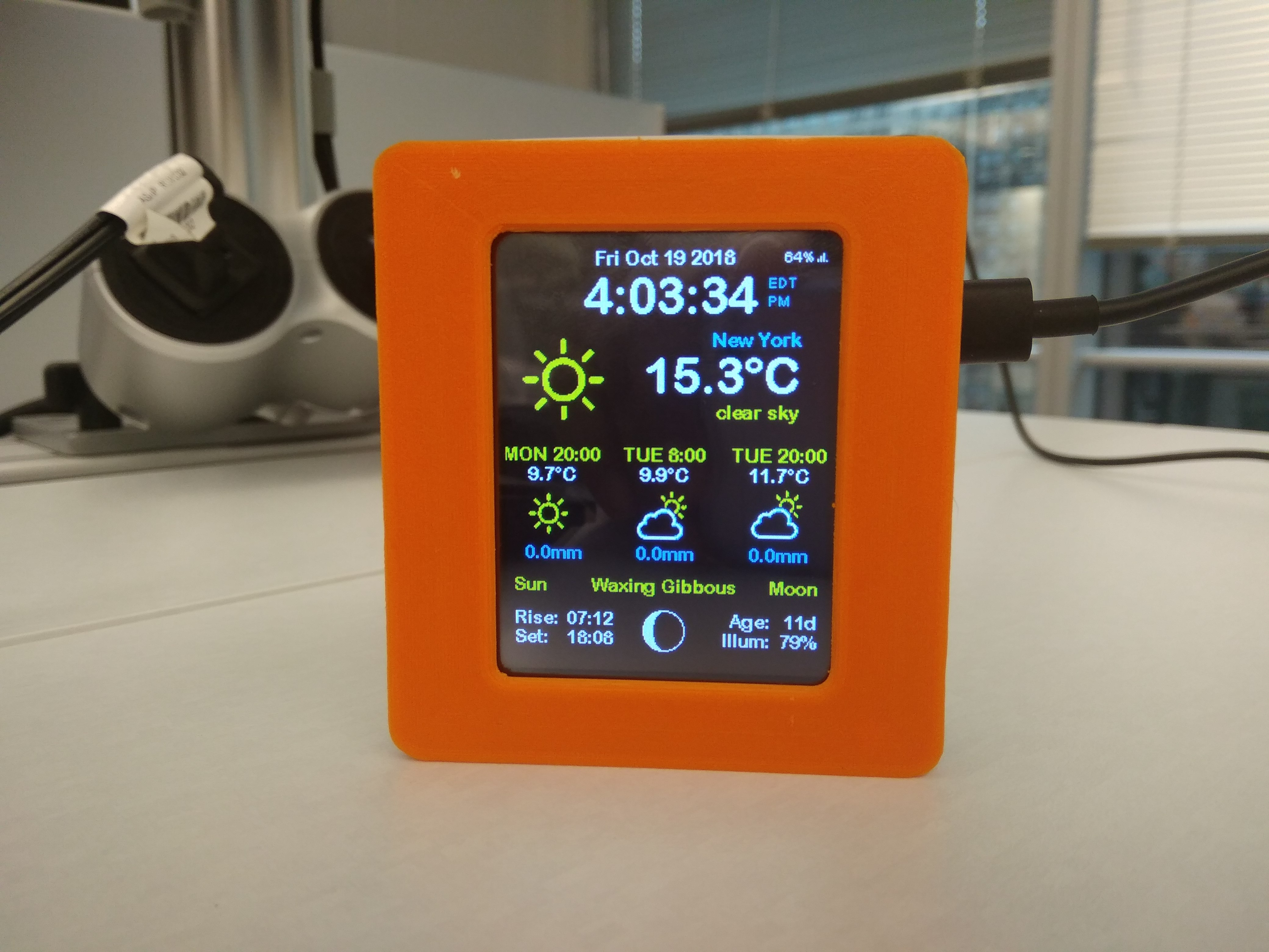 ESP8266 WiFi Weather Station with Color TFT Display by