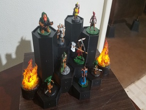 Magnetic Modular Stands for Miniatures