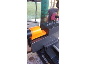 80% arms Easy jig (gen1) to shop vac tool