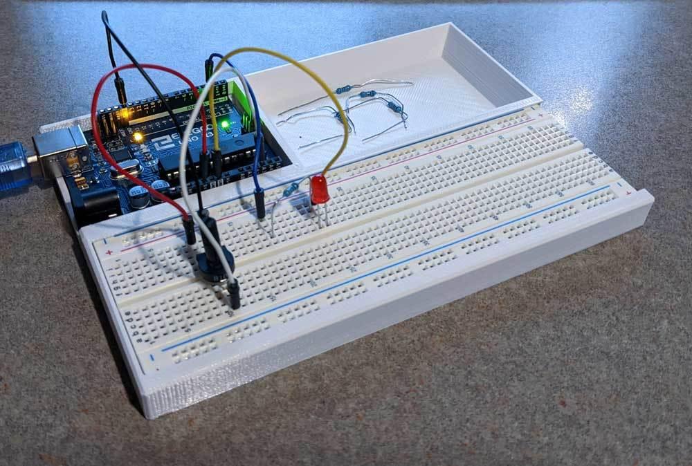 Arduino Uno Breadboard Holder with Tray