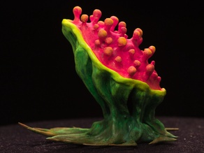 "Tabletop plant: ""Tearing Plant"" (Alien Vegetation 14)"