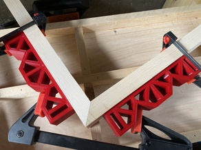 Chunk - The mitre clamping block
