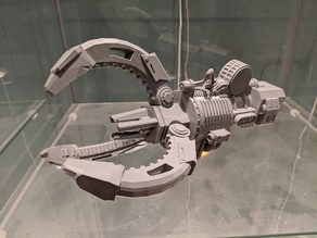 Warlord Titan Saturnyne Laser Cutter/Power Claw