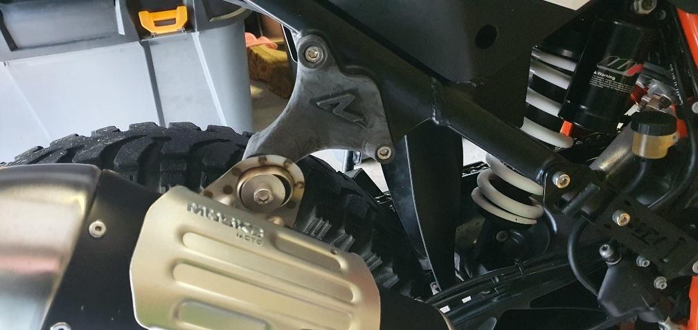 KTM 1090R Superduke Exhaust hanger
