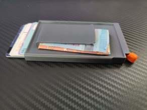 Slim credit card wallet with money clip