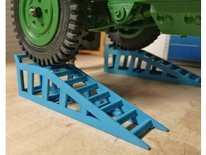 1/10 scale  Car Lift Service Ramp