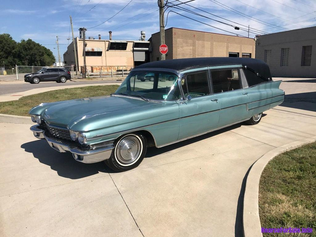 Cadillac Series 75 Hess & Eisenhardt Hearse 1960
