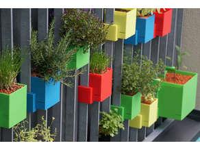 Balcony Garden: Self-watering flowerpots for balcony railings (parametric)