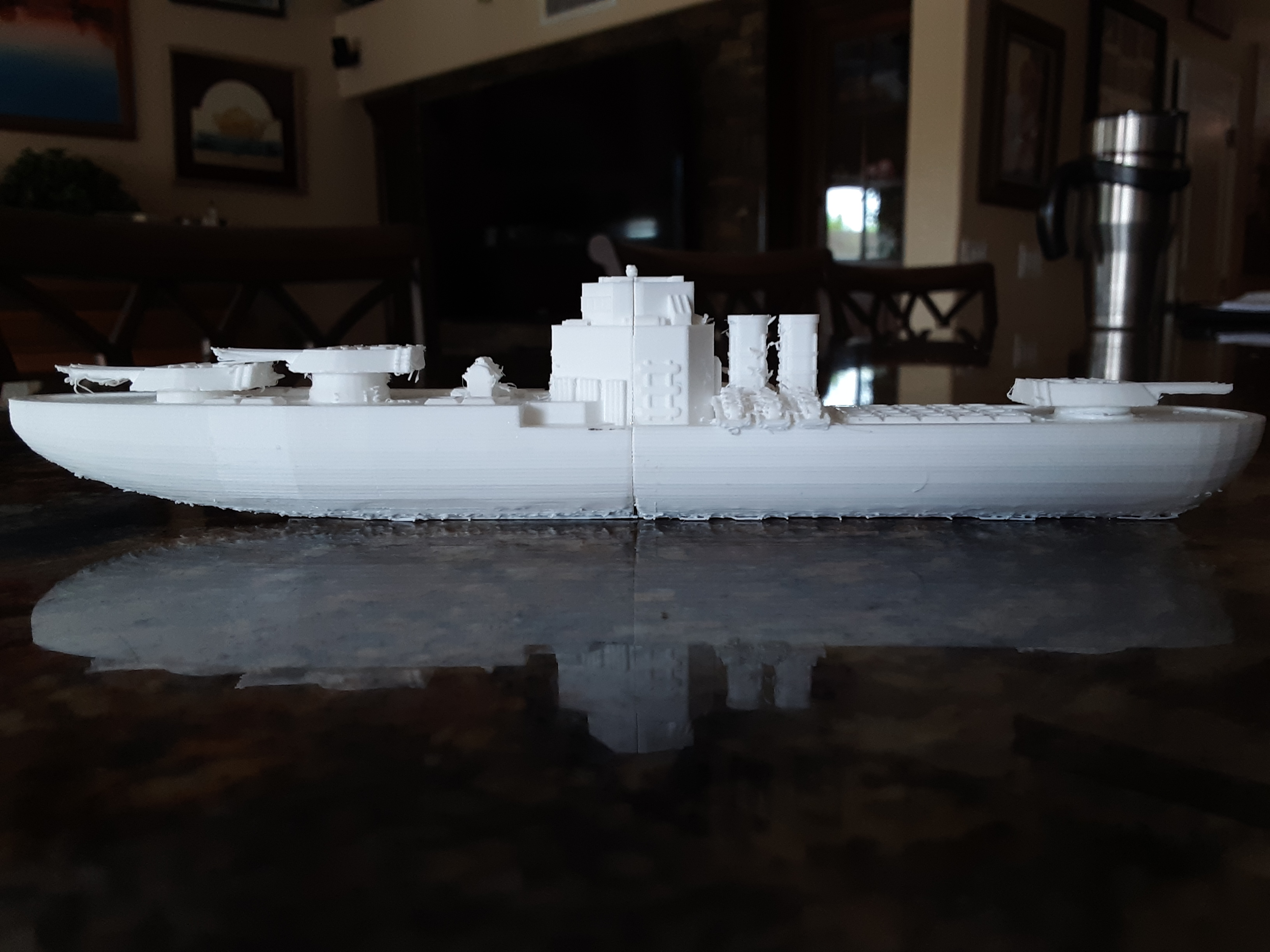 Toy boat, based off of a destroyer. For those with smaller printers it can be printed in two peices.