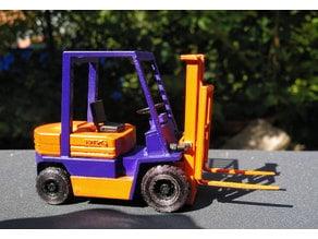 Forklift Toyota 5FD25 1/32 Model