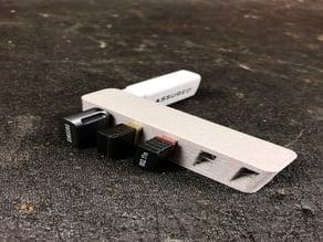 USB Mess-Free Storage