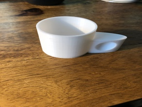 measuring cup to dosing laundry detergent
