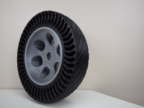Airless Tire with rim printed with Quad-Extruder
