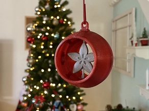 Snap Fit Ornament with Spinner Inserts