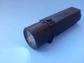 Linterna 18650 con Cargador TP4056.