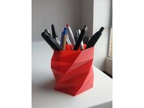 Poly Low Porta lapiceros - Pen Holder