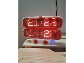 Clock with 2 time zones