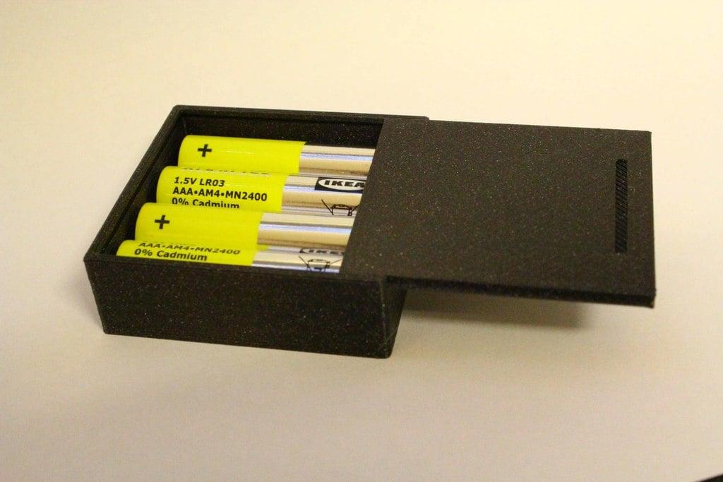 AAA AM4 MN2400 sliding lid battery box