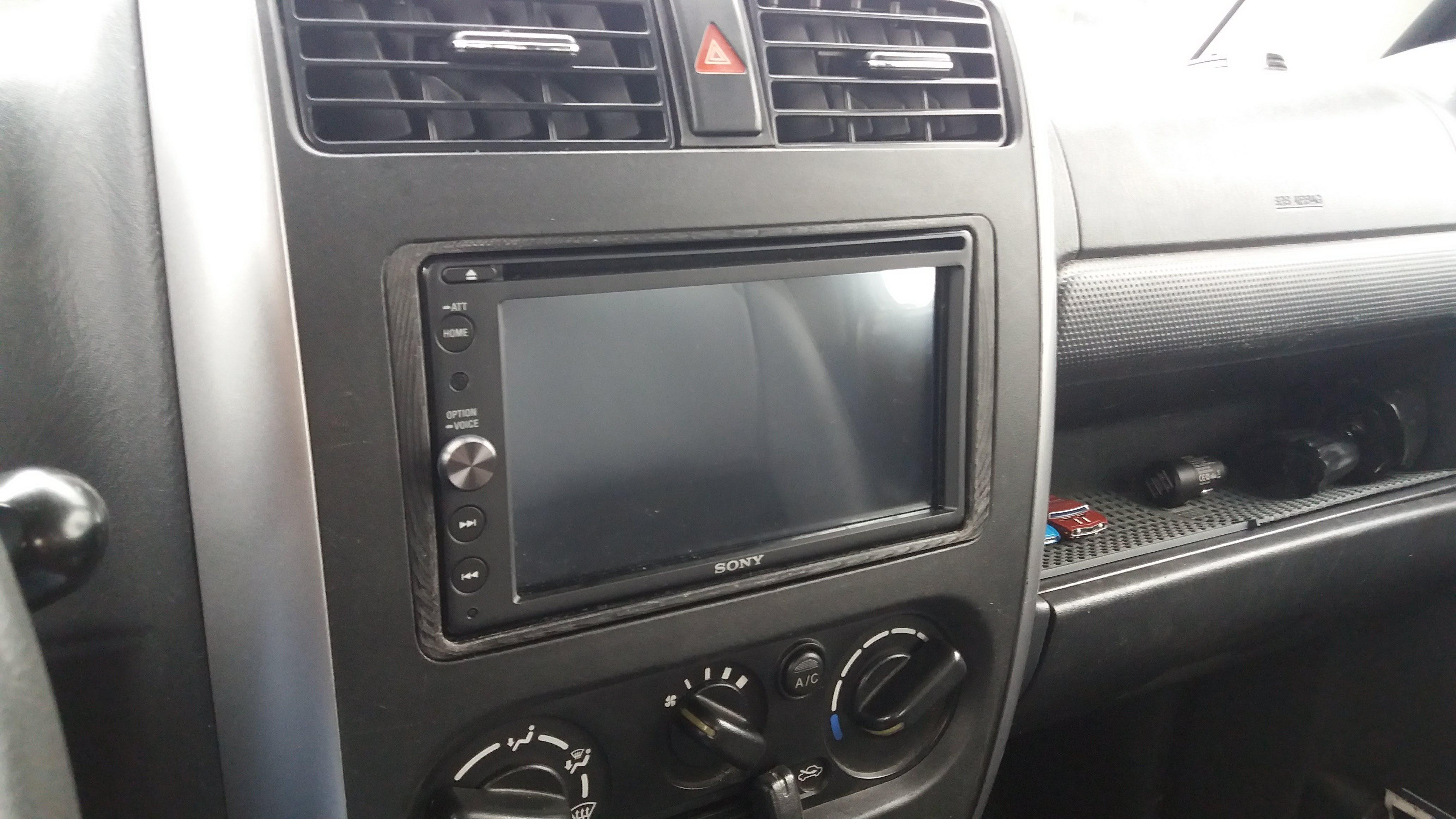 Suzuki Jimny 2 din stereo adaptor