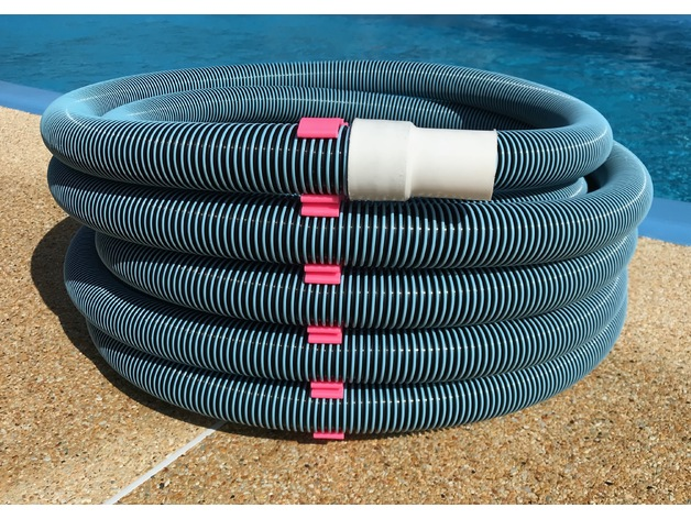 Serial clips for swimming pool vacuum hose by iPa64 ...