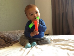 Clic Clac - A Baby's Rattle