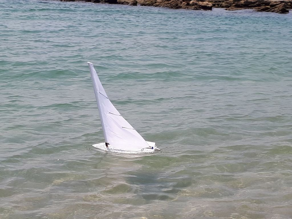 RC laser dinghy sail boat by ofirneger - Thingiverse