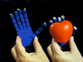 Prosthetic/Robotic Hand Printable As An Assembled Unit Without Supports