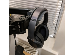 Headphone mount for VonHaus monitor stands