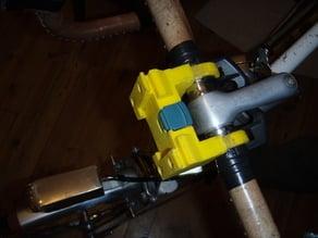 Quick release holder for handlebar pannier
